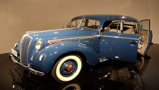 1938 Opel Admiral by Mic via Flickr 530 x 300