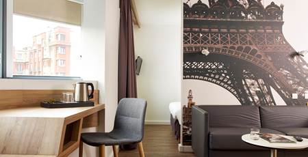 Median paris porte de versailles 3 star hotel paris for Paris expo porte de versailles parking