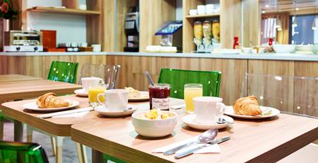 Breakfast Room Hotel Median Paris Porte de Versailles
